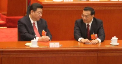 Xi Jinping, left, and Li Keqiang.