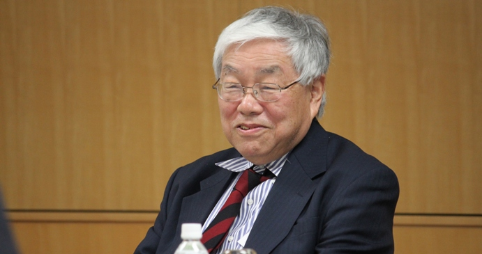 A Prescription for Halting Deflation: Yale Professor Urges Bolder Actions from the BOJ