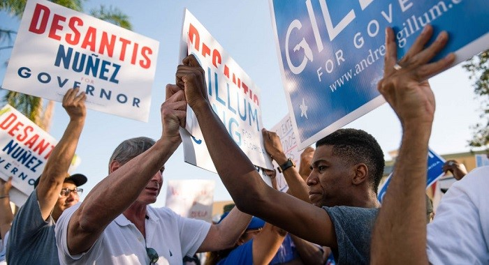Supporters of Florida gubernatorial candidates Ron DeSantis and Andrew Gillum come head to head when the news broke that there would be a recount in the November 2018 senator and governor races. ©Emilee McGovern/SOPA Images/LightRocket via Getty Images